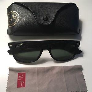 Ray Bans New Wayfarer Sunglasses